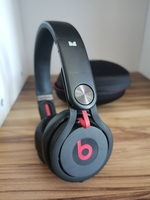 Used Beats mixr headphones in Dubai, UAE