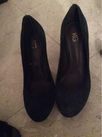 Used Kurt Geiger heels. Size 38 in Dubai, UAE