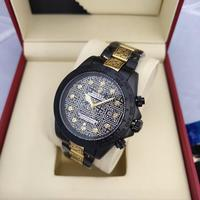 Used New black&gold rolex watch AAA copy in Dubai, UAE