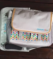 Used MEDCLINIC DAIPER/SHOULDER BAG ALMOST NEW in Dubai, UAE