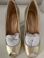 Used Kurt Geiger shoes in Dubai, UAE