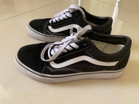 Used Vans Old Skool Sneakers, 38 EUR in Dubai, UAE