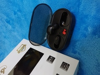 Used Premium CQL earbuds 1800mah battery in Dubai, UAE