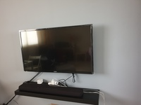 Used LED TV 600 in Dubai, UAE
