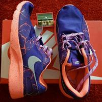 ORIGINAL NIKE SHOES FOR WOMEN 37 TO 37.5 SIZE; BRAND NEW
