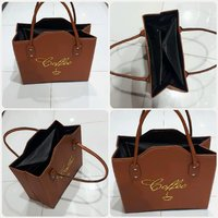 Brown handbag fashion..