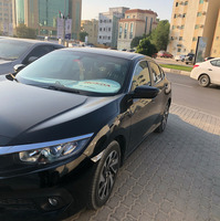 Used Honda Civic 2017 Model- 7200km Driven In Excellent Condion in Dubai, UAE