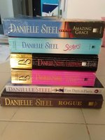 Used Danielle Steel Collection in Dubai, UAE