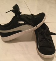 Used Uk 3.5 black puma ribbon lace trainers  in Dubai, UAE
