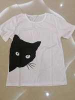 Used T shirt cat print size M in Dubai, UAE