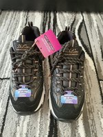 Used Skechers d lites US7 in Dubai, UAE