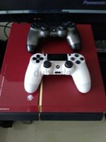 Used PS4 SPECIAL EDITION+2 CONTROLLERS GOOD in Dubai, UAE