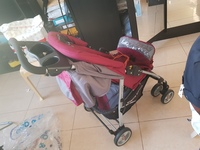Used Stroller, Walker And Car seat in Dubai, UAE