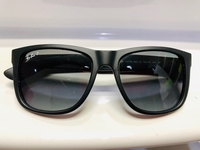 Used RayBan Justin RB4165(Polarized) sunglass in Dubai, UAE