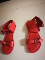 Used Used Sandals in Dubai, UAE