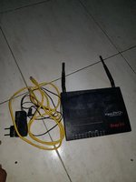 Used Dray tek router dual-wan security router in Dubai, UAE