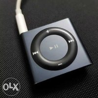 Used Apple iPod shuffle 2gb grey 4th generati in Dubai, UAE