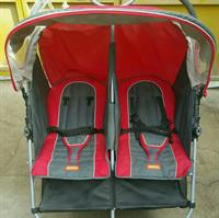 Used Double pram  in Dubai, UAE