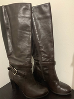 Used Brown leather boots in Dubai, UAE