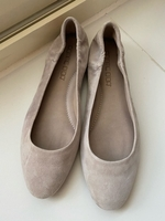 Used Pomme D'or shoes in Dubai, UAE