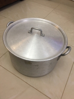 Used Extra Large Size Cooking Casserole  in Dubai, UAE