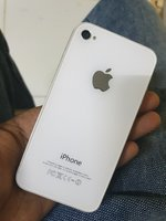 Used iPhone 4s... read below... in Dubai, UAE