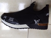 Used Lv shoes black in Dubai, UAE