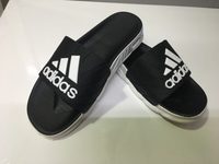 Used Adidas men's slippers size 42, new in Dubai, UAE