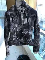Used NIKE JACKET size M in Dubai, UAE