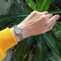 Used QUARTZ watch (needs glass replacement) in Dubai, UAE