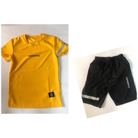 Used Short 🩳 and T-shirt set size medium-165 in Dubai, UAE