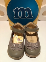 Used Baby girl shoes size EU21 in Dubai, UAE
