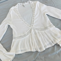 Used Top for 15 dhs forever 21 size small in Dubai, UAE