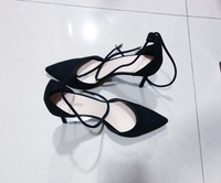 Used Nine West Pumps w/ lace size 8US in Dubai, UAE