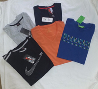 Used Mix branded T-shirt 5 pcs new in Dubai, UAE
