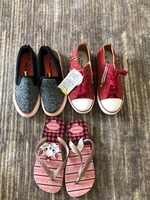 Used 2 pairs of sneakers + slippers size33/34 in Dubai, UAE
