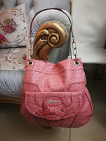 Used ORIGINAL GUESS SHOULDER BAG..  in Dubai, UAE