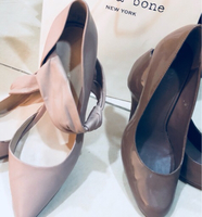 Used (((2))) pair of high heels leather shoes in Dubai, UAE