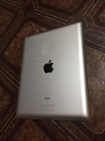 Used IPad2 WiFi Touch broken only, red plz in Dubai, UAE