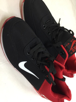 Used special offer nike shoes with bag in Dubai, UAE