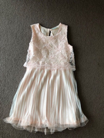 Used Dress punk for a girl 7-8 years old  in Dubai, UAE