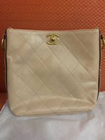 Used NEW CHANEL hand bag in Dubai, UAE