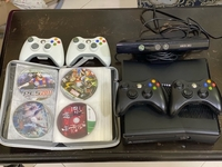 Used Xbox 360 with kinket plus 20 games in Dubai, UAE