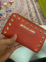 Used Michael kors wallet in Dubai, UAE