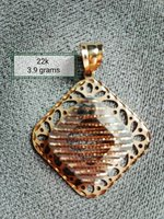 Used 22k gold pendant in Dubai, UAE