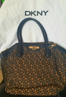 Used Original DKNY bag with dust bag in Dubai, UAE