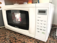 Microwave Oven w/touch control good cond