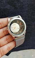 POLICE Magnetic Strap Watch