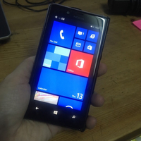 Used Nokia Lumia 720 8GB + accessories  in Dubai, UAE