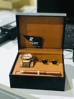 Used Watch set in Dubai, UAE